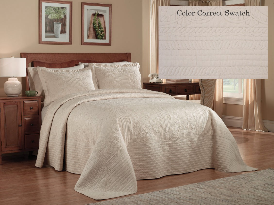French Tile Queen Bedspread Cream