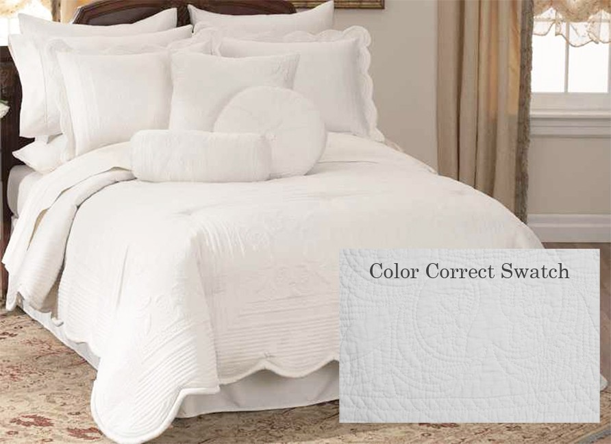 French Tile Ivory Microfiber Full Bedspread