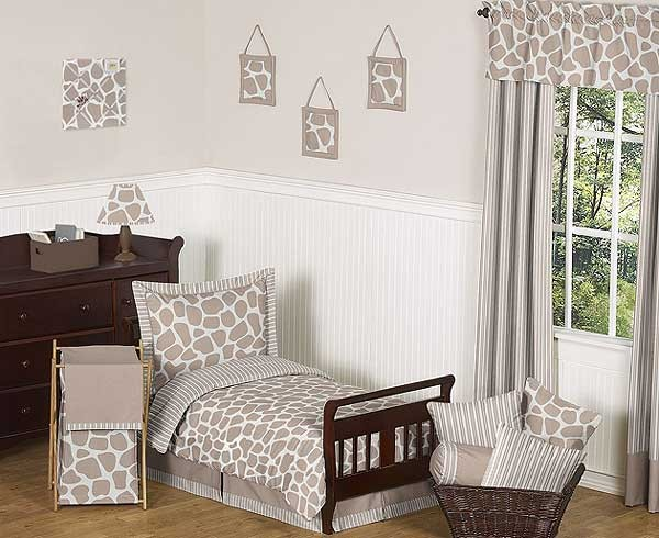 Giraffe Toddler Bed Set by Sweet Jojo Designs