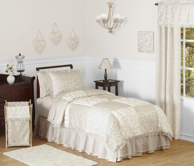 Victoria Bedding Set - 4 Piece Twin Size By Sweet Jojo Designs