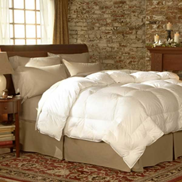 The pacific coast feather lightweight down comforter is designed to perform ideally in warmer regions or for those