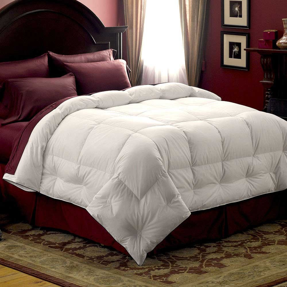pacific coast medium warmth down comforter full queen size blanket warehouse. Black Bedroom Furniture Sets. Home Design Ideas