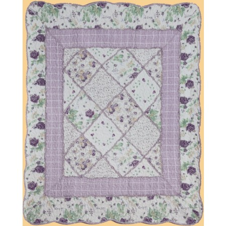 Lovely Throw Size Quilt