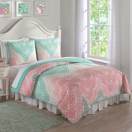 Antique Chevron Twin Quilt and Sham