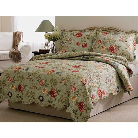 Edens Garden Floral Quilt and Sham Set - Twin Size