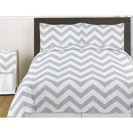 Grey & White Chevron Print Bedding Set - 3 Piece Queen Size