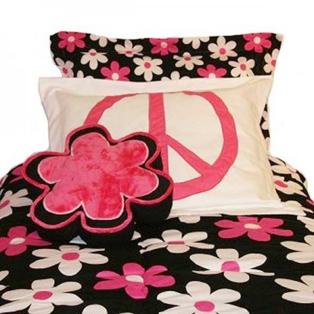 Mary Jane Hugger Style Comforter by California Kids