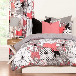 Flower Patch Comforter Set from Crayola