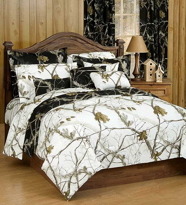 ap black and white camouflage california king size sheet set camo themed bedding calking. Black Bedroom Furniture Sets. Home Design Ideas