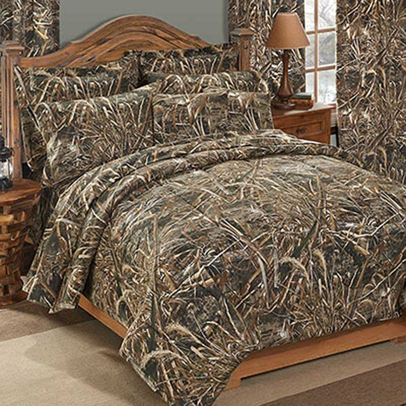 realtree max 5 camouflage comforter sham set king size from the realtree camo bedding. Black Bedroom Furniture Sets. Home Design Ideas