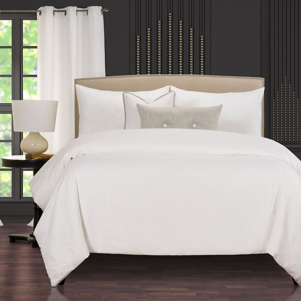 Afternoon Cafe Snow Comforter Set - F. Scott Fitzgerald Signature Collection