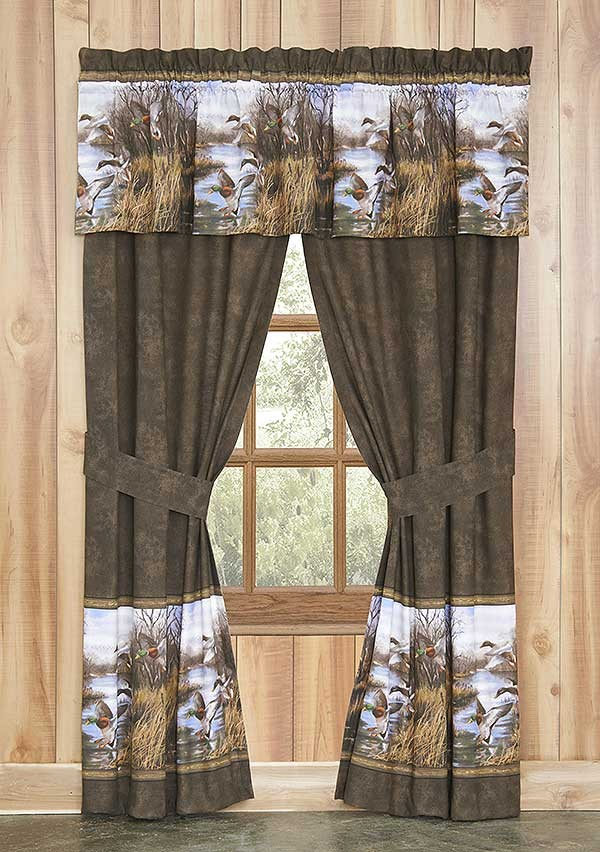 Duck Approach Drapes