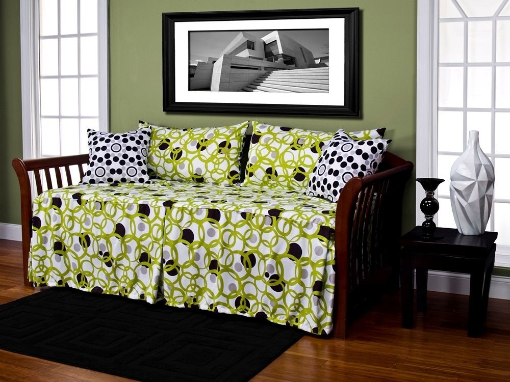 Full Circle Daybed Cover Set