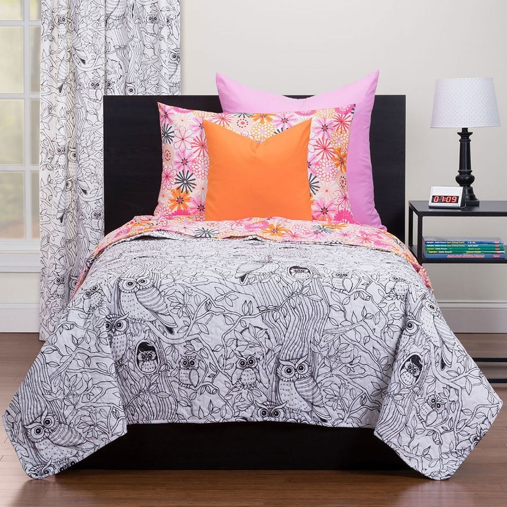 Hooting Owls Puzzle Quilt - Highlights Hidden Pictures Collection - with washable markers. Available in Twin and Full/Queen