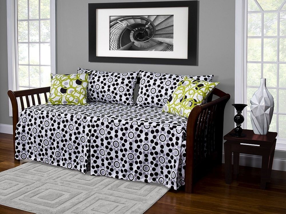 Well Rounded Daybed Cover Set