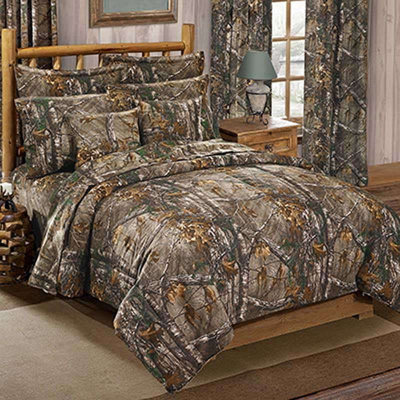 Camouflage Bedroom Sets: Realtree Xtra Green Comforter & Sham Set