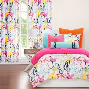 Flutterby Comforter Set from Crayola