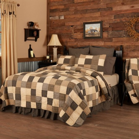 Kettle Grove Quilt - California King Size Set
