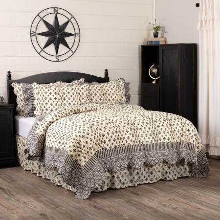 Elysee Quilt - Queen Size