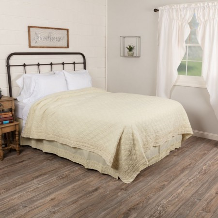 Adelia Creme Quilt - Twin Size