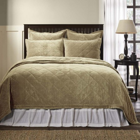 Lydia Taupe Quilt - Queen Size