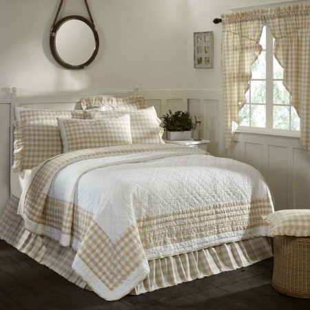 Annie Buffalo Tan Check Quilt - King Size