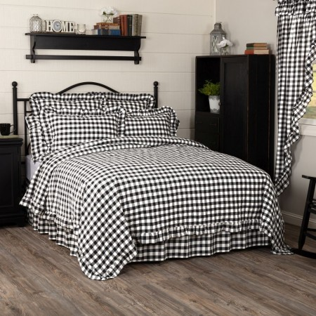 Annie Buffalo Black Check Ruffled Quilt - Queen Size Coverlet
