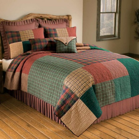 Donna Sharp Campfire Square King Size Quilt - 110 X 96