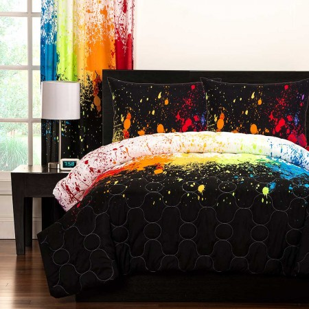 Crayola Cosmic Burst Comforter Set - Full/Queen Size