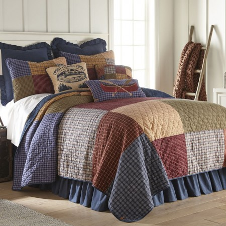Lakehouse Full/Queen Size Quilt  - 90  X  90