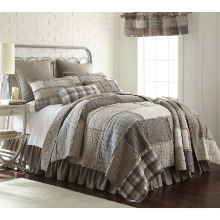 Donna Sharp Smoky Cobblestone King Size Quilt - 110 X 96