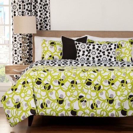 Full Circle Green Duvet Set from the Studio Bedding Collection