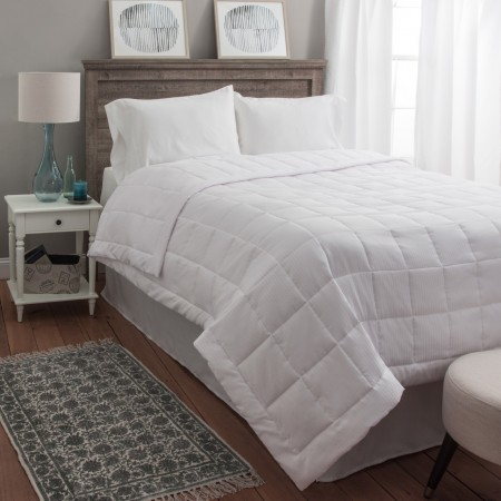 White Goose Down Alternative Blanket - Super Oversized