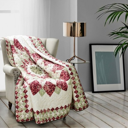 Springfield Dahlia Throw Size Quilt