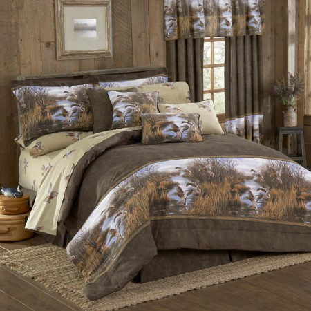 Duck Approach California King Size Comforter Set