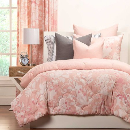 Eloise Comforter Set from Crayola