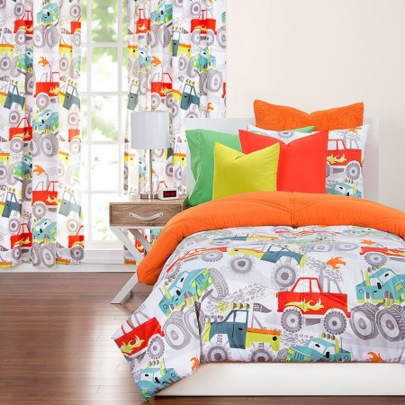 Four Wheelin Comforter Set from Crayola