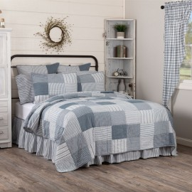 Sawyer Mill Blue Quilt - California King Size