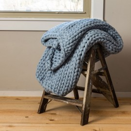 Chunky Knit Throw - Blue