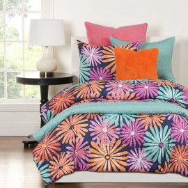 Crayola Dreaming of Daisies Comforter Set - Full Size