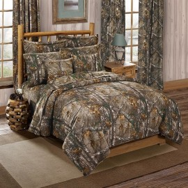 Realtree Xtra Camouflage Themed Square Pillow